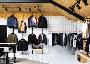 mens boutique shop decoration4 300x214 دکور بوتیک مردانه