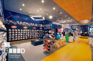 sport10 300x199 دکوراسیون داخلی مغازه لوازم ورزشی