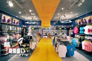 sport9 300x199 دکوراسیون داخلی مغازه لوازم ورزشی