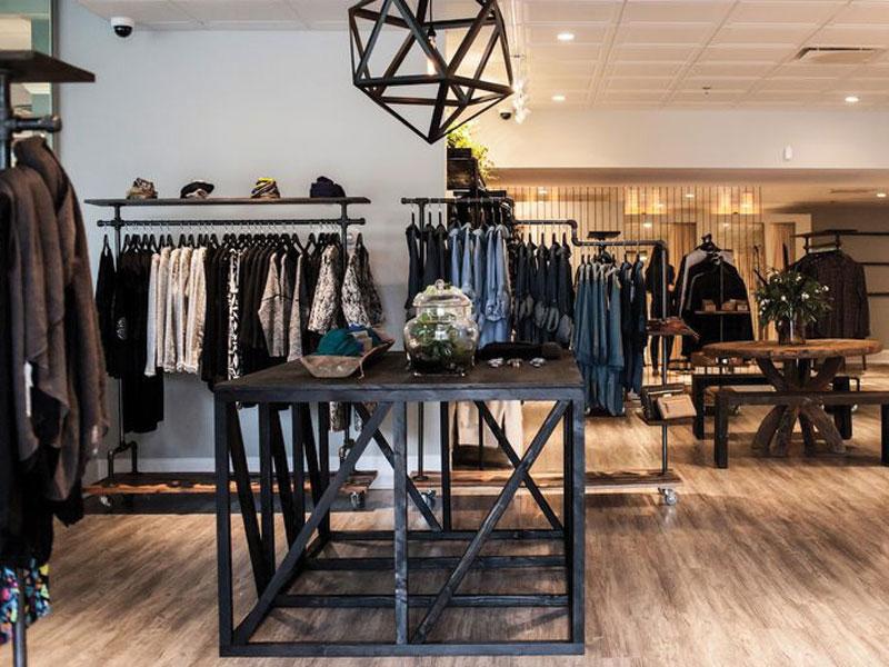 Tips about lighting and decoration shop apparel 2 نکاتی درباره دکوراسیون و نورپردازی مغازه پوشاک
