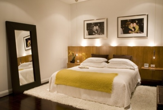 choosing the ideal dramatic headboard for your bedroom5 540x365 دکور بالای تختخواب