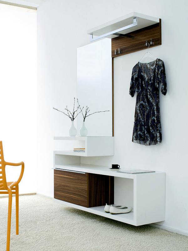design tips hall furniture design and practical ideas 9 502 ست کردن جاکفشی و جالباسی در دکوراسیون منزل