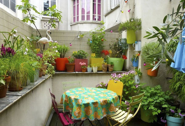 patio5 طراحی تراس و بالکن کوچک با 6 ایده خنک تابستانی!