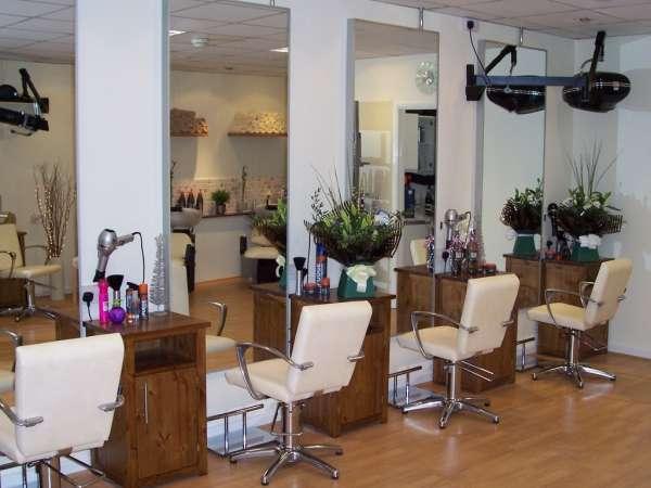 hairdressers decoration12 دکوراسیون آرایشگاه مردانه