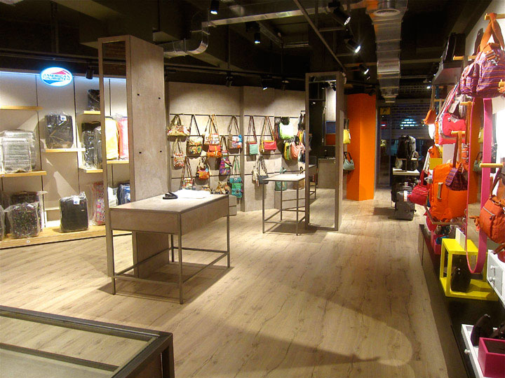 Catbag store by AM Asociados Barcelona Spain دکوراسیون مغازه خود را متفاوت کنید