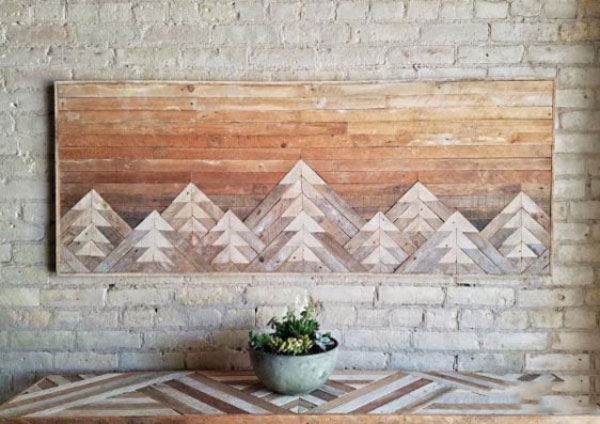mountain range painted in sunset hues wood decoration for wall 600x424 دکوری چوبی بر روی دیوار