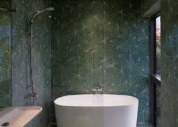bathroom1 260x185 مطالب دکوراسیون
