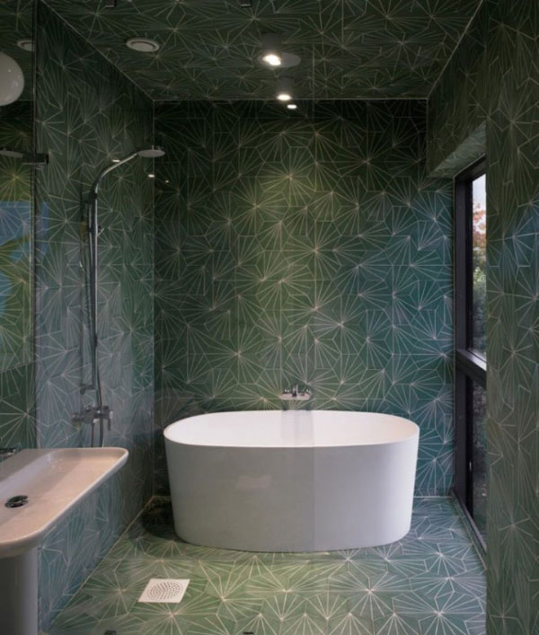 bathroom1 چند ایده در انتخاب کاشی حمام و سرویس بهداشتی