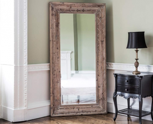 mirrors in decoration 4 495x400 بازسازی و طراحی دکوراسیون