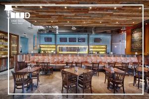 1000decor Cafe and Restaurant Decor decor4 300x200 ✔خلاقیت و نوآوری در دکور کافه و رستوران(5 ایده جدید)