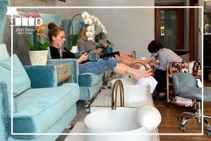 1000decor Hairdressing decor Be customer oriented 300x200 طراحی دکوراسیون آرایشگاه و ویژگی ها
